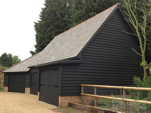 New build and new garage in Hertfordshire